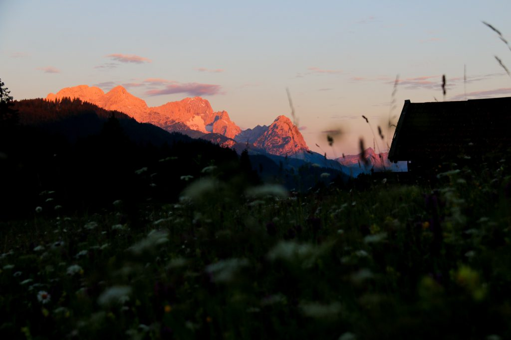 Sonnenaufgang am Geroldsee in Garmisch Partenkirchen