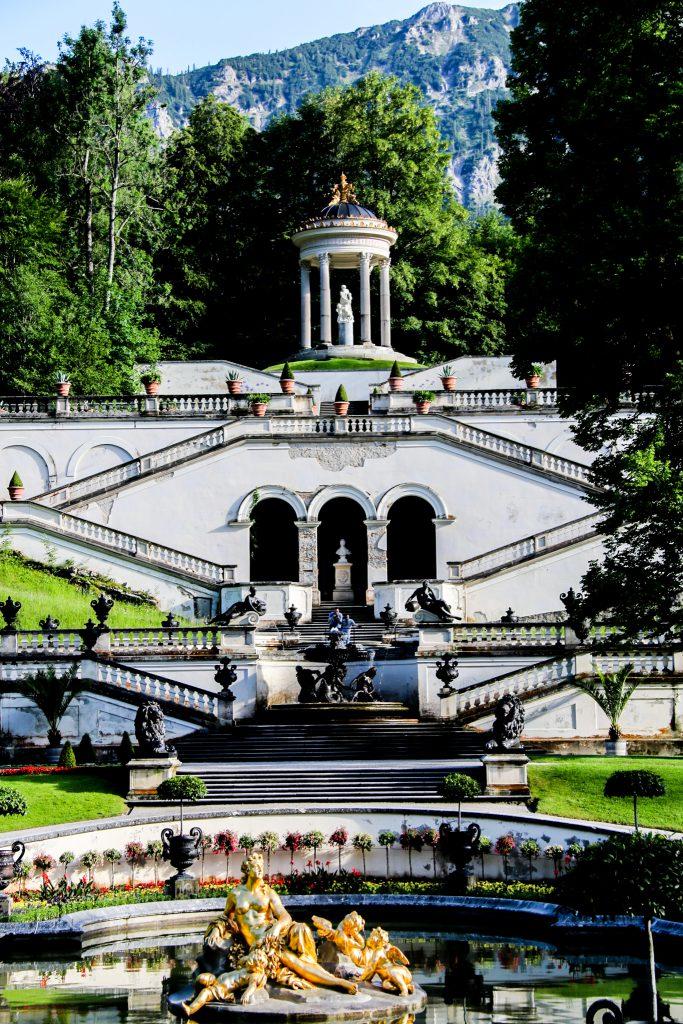 Parkanlage Schloss Linderhof in Oberammergau